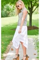 white banana republic skirt - denim kohls jacket