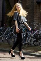 gray H&M top - black Fred de la Bretoniere bag - black H&M pants