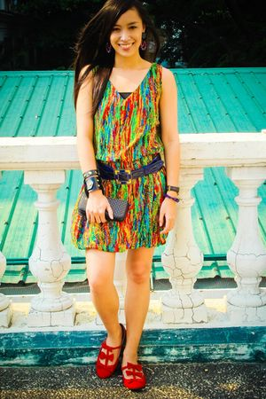 green Soulier dress - red Topshop shoes - blue Folded and Hung belt - black Zara