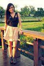 Black-top-beige-topshop-top-beige-forever-21-skirt-black-zara-shoes