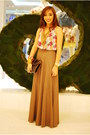 Backless-forever-21-top-brown-maxi-forever-21-skirt-black-clutch-accessories
