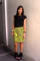 top - thriller poisonberry skirt - forever 21 shoes - accessories - accessories
