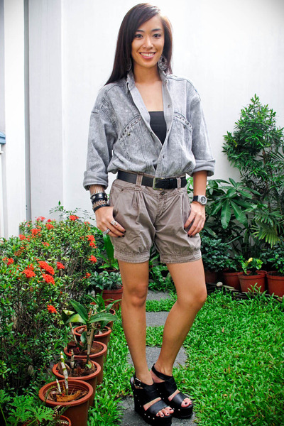 gray Looking for Lola top - green Zara shorts - black Zara belt - black Forever