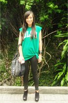 green DLSU shirt - black Trunk Show leggings - black Topshop shoes - black PBJ p