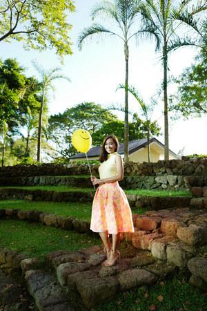 yellow Miss Selfridge skirt