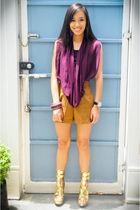 purple draped V clothing top - gold hail heels michael antonio shoes