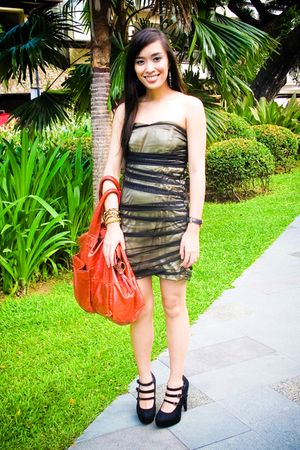 gold Glitterati dress - black janilyn shoes - red purse - gold Mango blazer