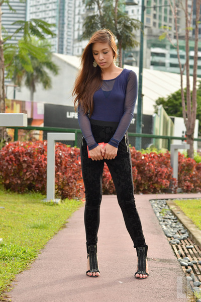 black heels Charles and Keith shoes
