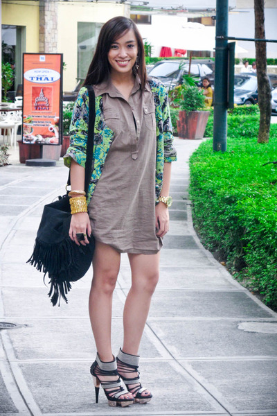 green floral Forever 21 cardigan - black from singapore shoes