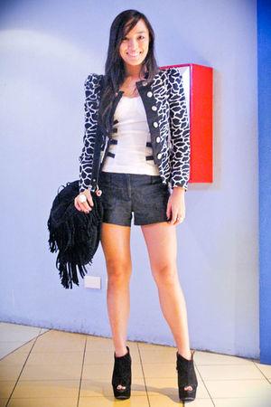 black fringed Trunk Show purse - black wisteria Topshop shoes