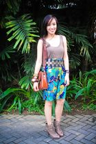 green Topshop top - green Lovevintagemanila shorts - brown Forever 21 shoes - br