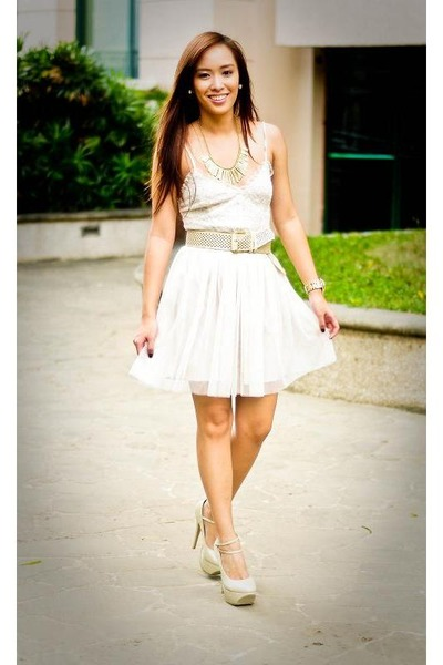 gold necklace accessories - nude heels janilyn shoes - white Forever 21 dress