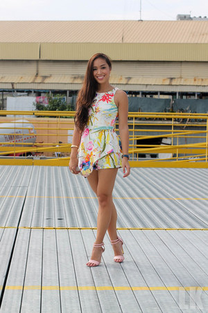 pink Topshop heels
