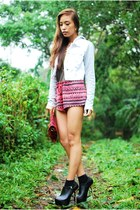 red printed H&M shorts