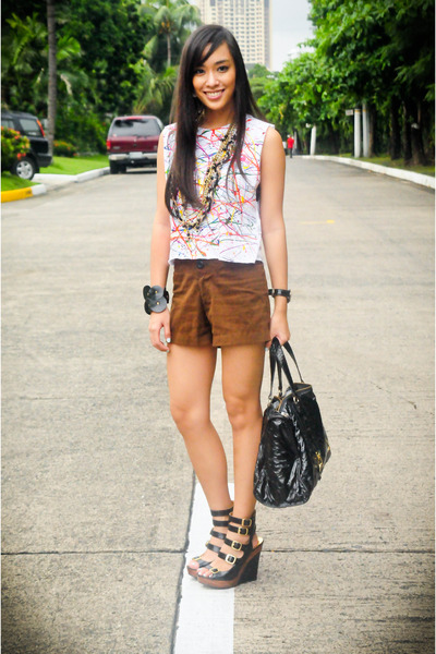 white Stylebreak top - brown Zara shorts - black michael antonio shoes - black T