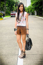 white Stylebreak top - brown Zara shorts - black michael antonio shoes - black T
