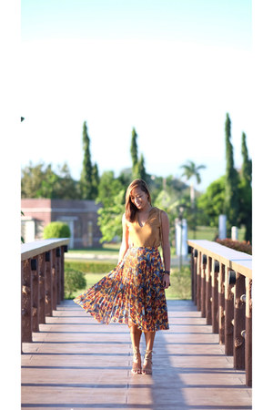 brown Topshop skirt