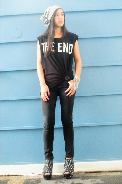 black Zara men top - black Mango jeans - black Zara shoes - silver Mafia accesso
