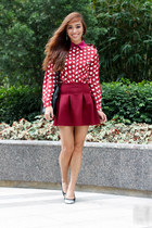 maroon H&M top