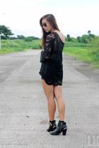 black Sheinside top