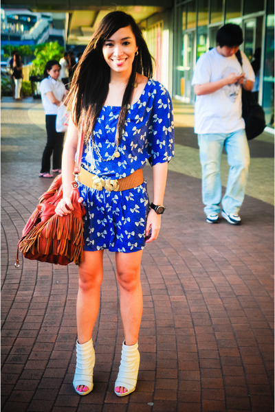 brown fringed bag - white bought online shoes - blue printed Zara dress