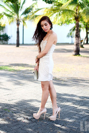 nude H&amp;M dress