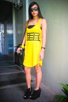 yellow Zara dress - black Topshop shoes - black Forever 21 purse - yellow from B