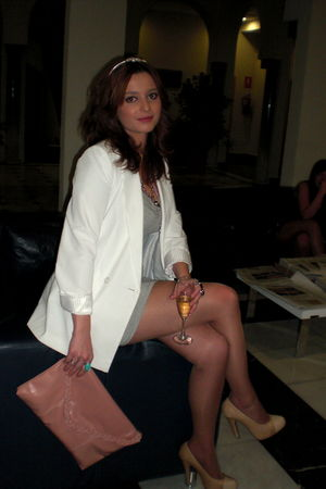 white Primark blazer - beige hazel shoes - gray H&M dress - pink purse BLANCO