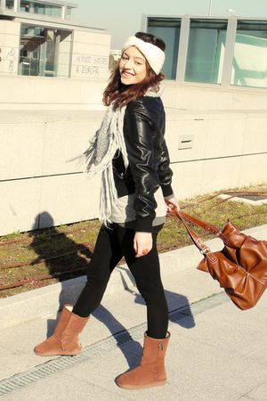 brown Uggs boots - black Zara leggings - black Zara jacket - silver Zara scarf -