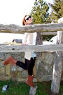 Brown-ugg-boots-beige-zara-cardigan-shorts-brown-h-m-scarf-black-ray-ban