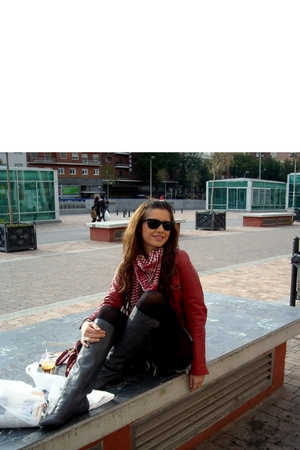 black rayban glasses - red Zara jacket - black tights - gray Zara boots - red