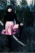 pink H&M skirt