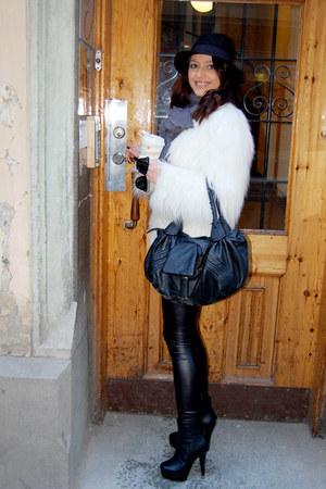 black BELLE SHOES boots - white Zara coat - black H&M hat - black H&M leggings -