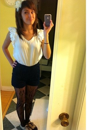black shorts - camel shoes - black leggings - ivory top