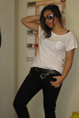 JayJays t-shirt - French Connection jeans - Guess belt - cotton on belt - Glasso