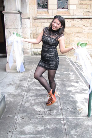 black Temt dress - brown Christian Louboutin shoes - black Paddys tights - black