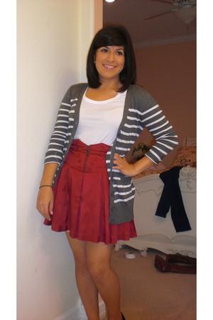 red Forever 21 skirt - gray Forever 21 cardigan