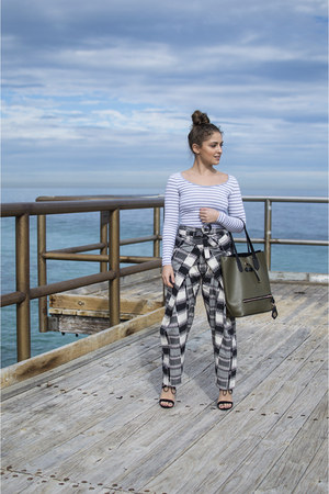 black Matter Prints pants - olive green Boohoo bag