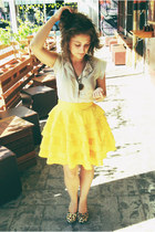 We All Live in a Yellow Ruffle Dream