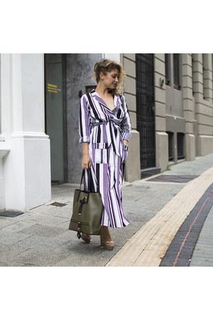 white Boohoo dress - army green Boohoo bag - tan Egidio Alves heels