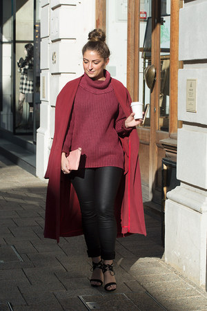 black waxed Refuge jeans - maroon turtleneck all about eve jumper