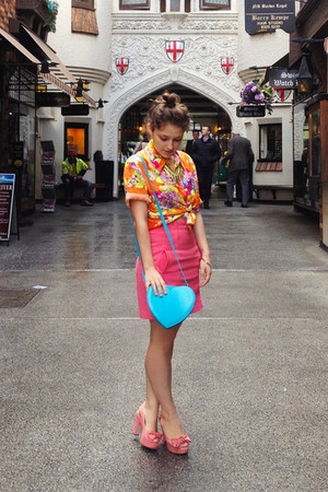 blue Fashion Addict bag - hot pink neoprene pencil Topshop skirt