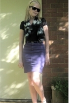 Witchery t-shirt - not sure scarf - American Apparel skirt - Ray bans sunglasses