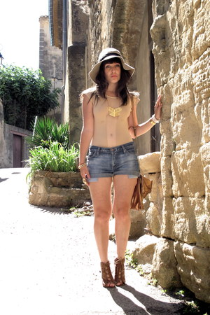 blue levis vintage shorts - neutral American Apparel bodysuit