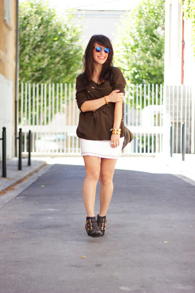 army green ZOE Tees t-shirt - white Cache Cache skirt