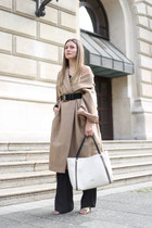 white angie Guess bag - camel oversized H&M Trend coat - black Mango belt