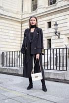 black & other stories boots - black storets blazer - black choker H&M scarf