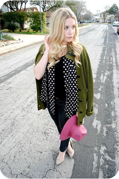 pink hat - black jeans - army green sweater - beige pumps