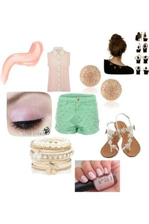 eggshell Alessandra bracelet - aquamarine MinkPink shorts