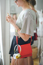 Lypton-purse-lagencie-shorts-shop-joa-top-headphones-frends-accessories